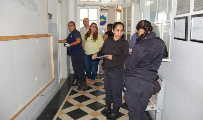 Polic a esclareci el robo a las oficinas del concejo deliberante informativohoy - Oficina del policia ...